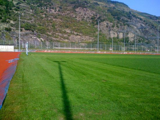 Sanierungsarbeiten an der Rasenfläche