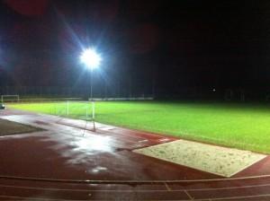 Rhinelanderstadion bei Flutlicht