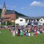 Vor malerischer Kulisse fand der Sepp-Herberger-Tag der Elfenley Grundschule Oberwesel am vergangenen Samstag im Rhinelanderstadion statt.