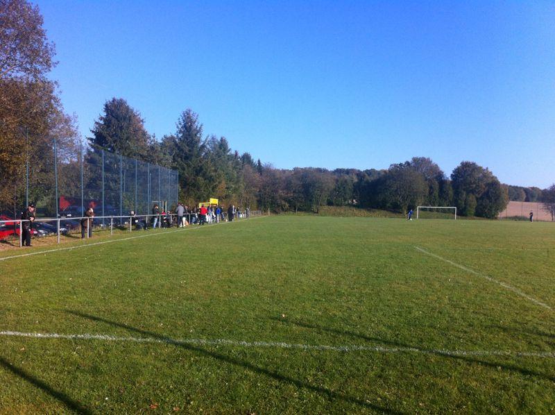 Das Topspin der Kreisliga A fand bei herrlichem Herbstwetter in Unzenberg statt.